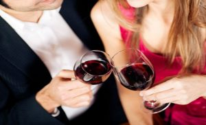 Know the surprising benefits of red wine ; Does drinking red wine is healthy choice or not?