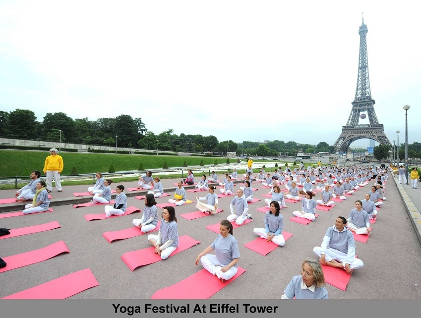 Eiffel Tower Yoga