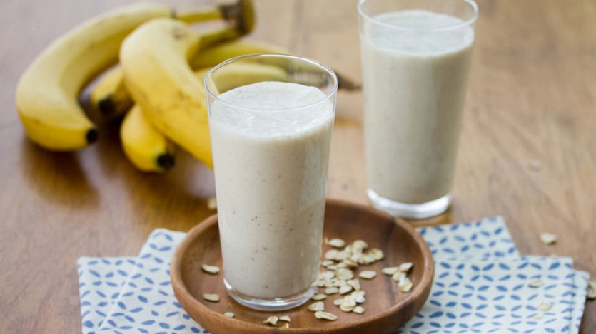 Banana and oats smoothie